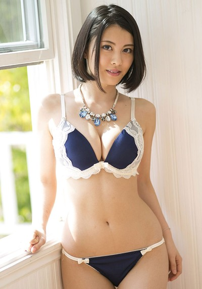 Matsuoka Chi Na in Sapphire Beauty from All Gravure