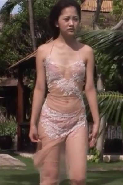 Graceful charmer Shoko Hamada seductive in Tropical Wind Scene 5