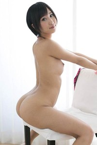 Smoking Babe Riku Minato gets naked and shows her mind-blowing sex appeal in Pink Cheetah