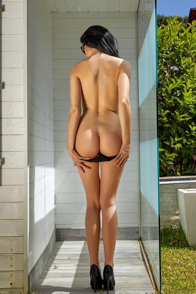 Clio in Shower Power 2 from Photodromm