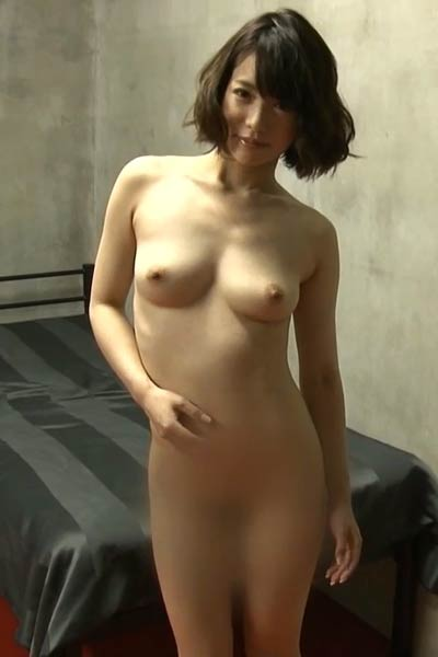 Smoking Girl Sena Nagakura shows off her gorgeous body in Erotic Pretty Girl Scene 3