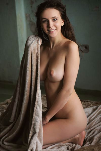 Super cute young girl Alisa Amore wears tight bra to show us her breasts in very best