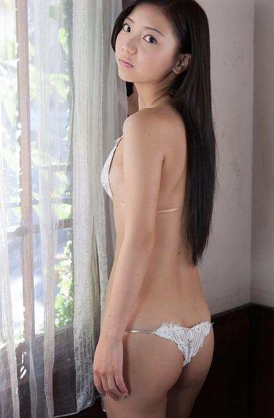 Fuuka Nishihama in Princess Kiss from All Gravure