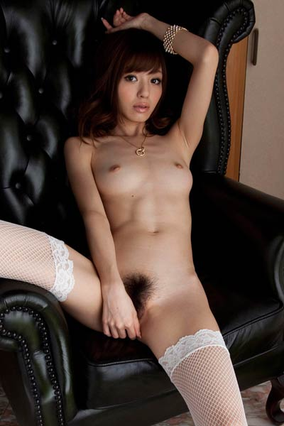 Perfectly Shaped stunner Hoshi Ai delightfully poses in Meeting The Producer
