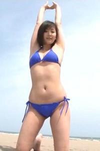 Flirty and playful babe Yuri Murakami delights us in Slight Fever Scene 2