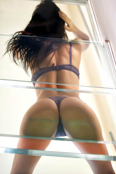 Stunning lady Karola has a nice big ass and she is showing it with style