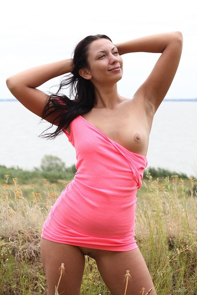 Lusee in Pink Is Hot from Erotic Beauty