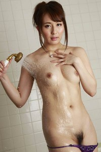 Smoking allgravure model Jessica Kizaki erotically poses in Just For You