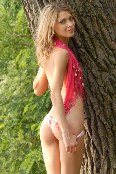 Hurry up and get in the woods where skinny small tited blonde is waiting you ready for action