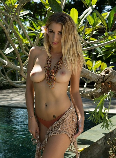 Bexie Williams in All Around Ravishing from Playboy