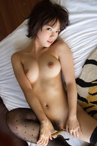 Beautiful stunner Mana Sakura charming in So Do You Like It