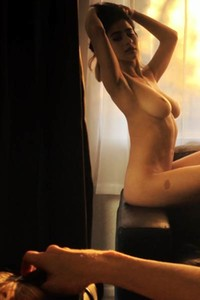Hot big titted chick get naked and starts posing like that nicely for you
