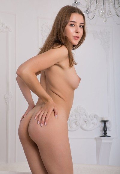 Davina E in Welcome Me from Femjoy