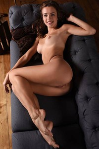 Amazing brunette Maxa Z gets undressed and poses naked showing us her perfect body