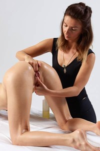 Veronika V experiences amazing body massage by her friend