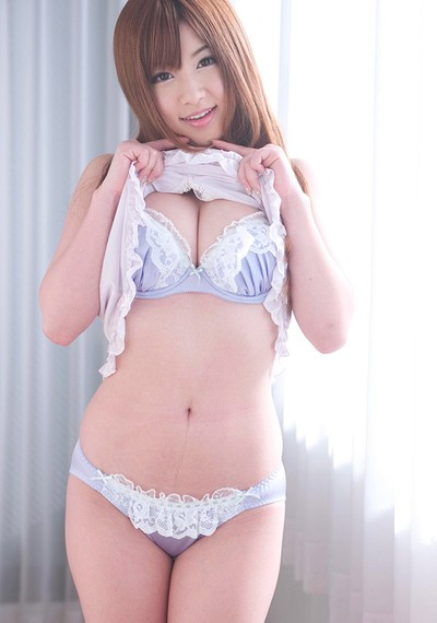 Naruse Yumi in Ruffles from All Gravure
