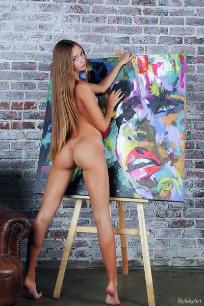 Steffi in Matiganta from Rylsky Art