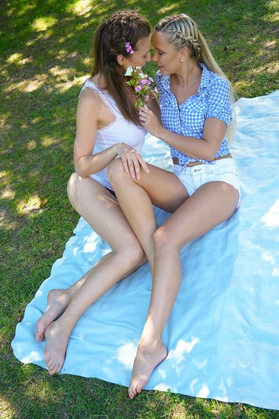 Emylia Argan and Lola A in Private Enclosure from Viv Thomas