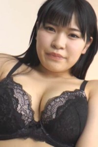 Top class angel Hoshimi Asuka bares her gorgeous body in Milky Balloon Scene 3