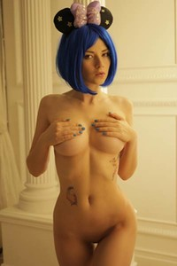 Blue haired chick IngaQ lets us see her big boobs and tight ass and she makes us horny for sure