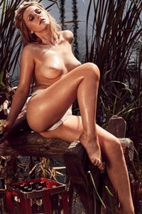 Amazing blonde Patrizia Dinkel shows us her top class body perfectly