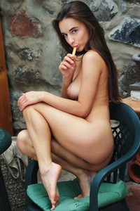 Would you help this super cute young chick with her unrealized fantasies