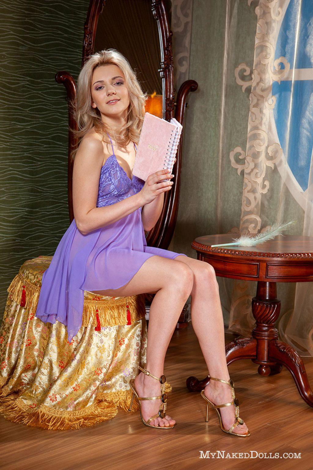 Niki Mey Nude in Vanilla Blonde - Free My Naked Dolls