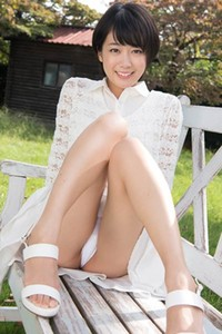 Top class hottie Koharu Nishino enchanting in White Peach