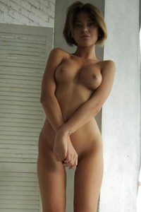 Brunette goddess amaze us with her perfectly tanned skin pretty face and shaved pussy