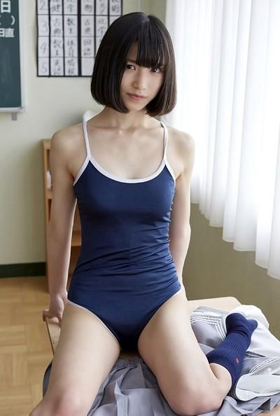 Riina Murakami in Class Treat from All Gravure