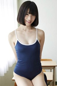 Bloomed charmer Riina Murakami gets naked and shows her mind-blowing sex appeal in Class Treat