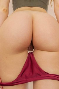 Are you ready for this superb butt of this gorgeous brunette