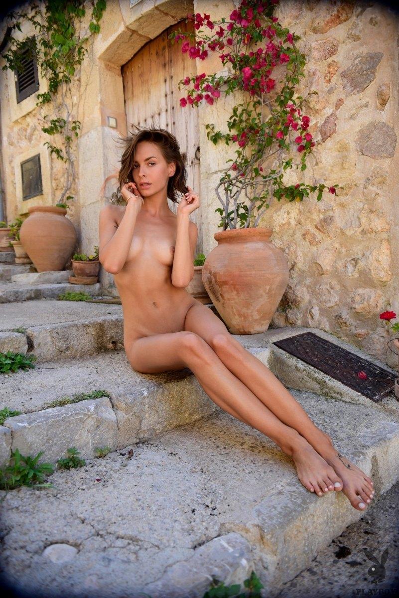 Nackt olivia peltzer Olivia Peltzer