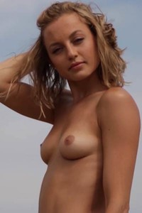 Stunning girl Julia looking insanely good while she is posing naked like that