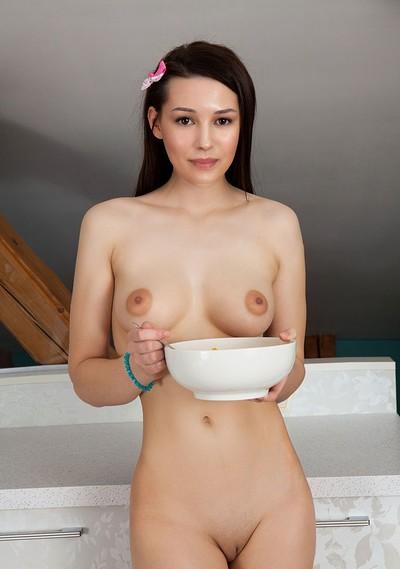 Rose in Exciting Breakfast 1 from Showy Beauty