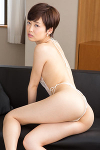 Daring and youthful all gravure girl Koharu Nishino bares her smoking hot body in Slender Feast