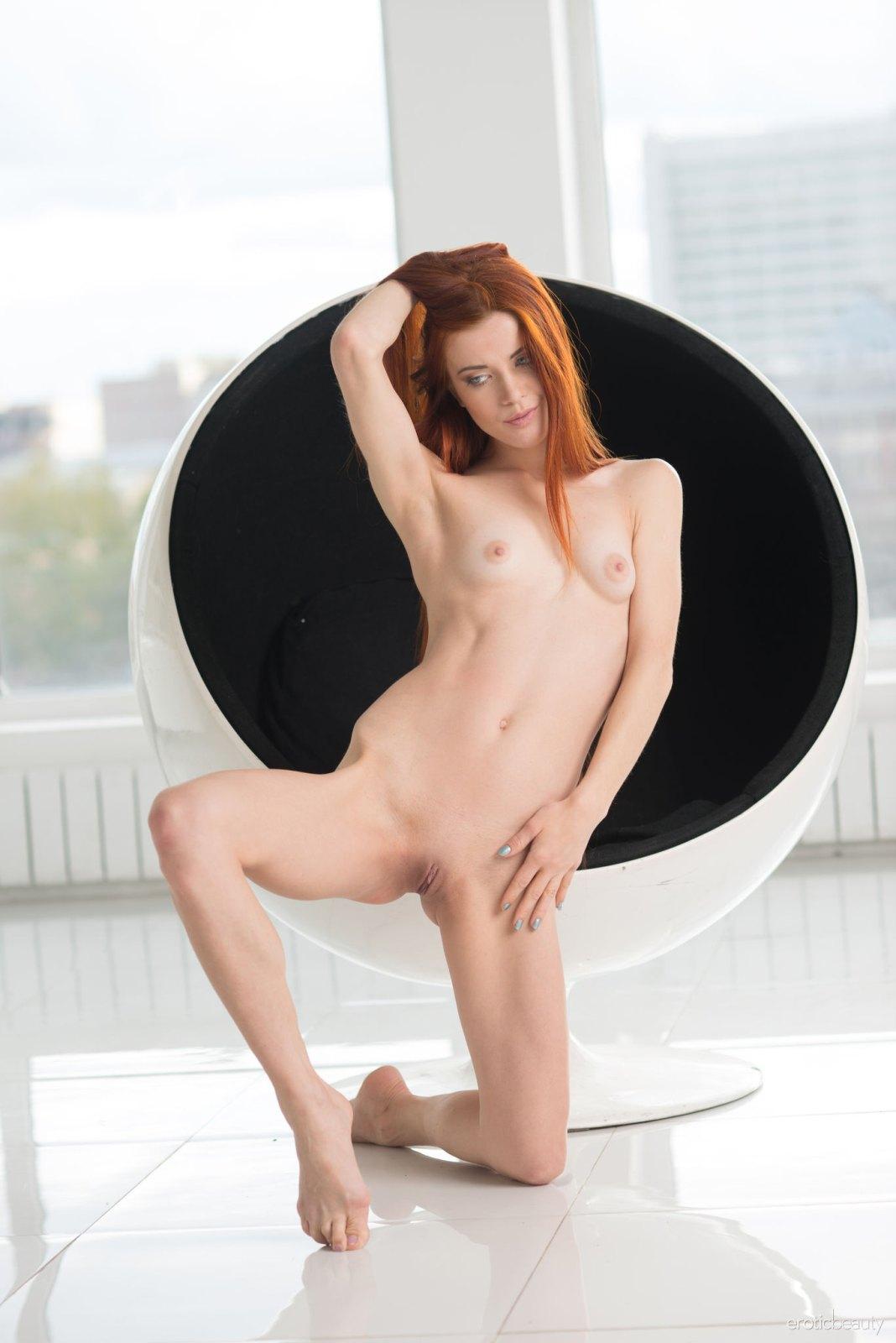 Nackt Kiva  Vivian Dittmar: