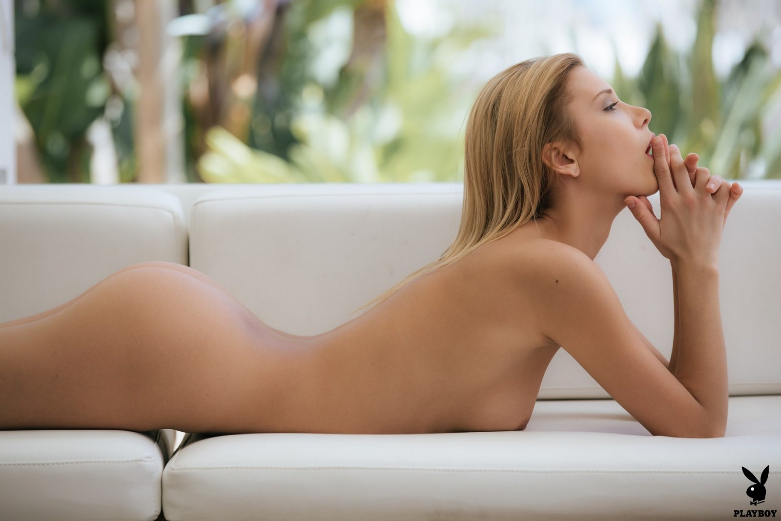 nackt Rise Emily Rise Nude