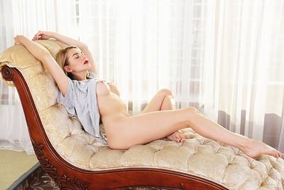 Likka in Sensual Lips from Watch 4 Beauty