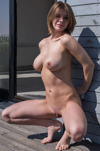 Huge titted Yelena leaves us speechless with naked posing and body presenting