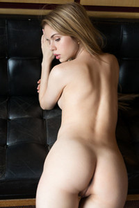 Small ttited Aleksandra Smelova strips off her clothes to seduce you with her amazing posing skills