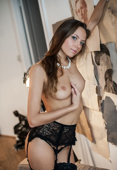 Clover in Play With Me from Femjoy