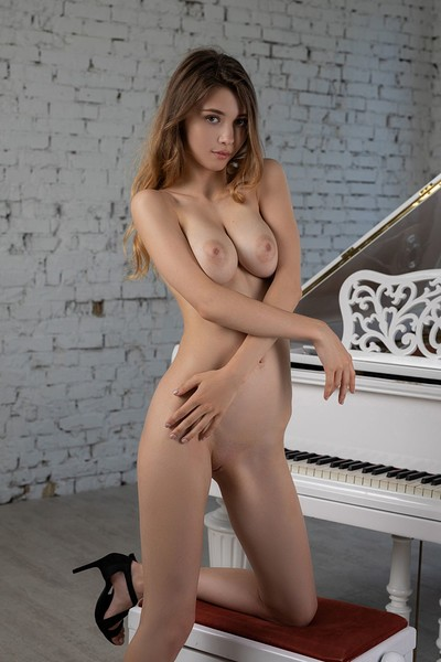 Mila Azul in Music Academy 2 from Photodromm