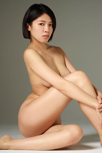 Cure Asian honey is not shy to show us her fresh body