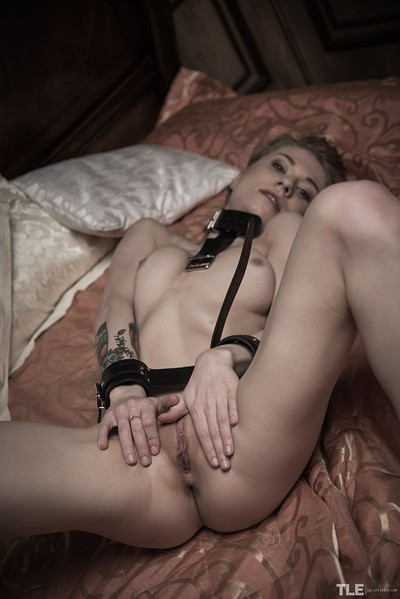Eva Gold in Escape To Cum from The Life Erotic