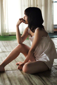 Beautiful angel Erina Mano stuns everyone with her seductive body in Are We Right Together