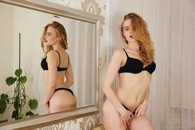 Mandy in Ravishing from Viv Thomas