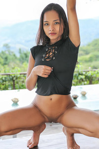 All natural petite babe takes her black bodysuit and shows her perfect boobs and shaved pussy