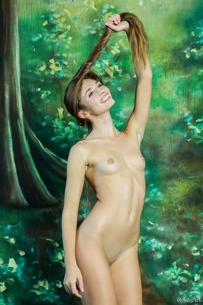 Steffi in Ciemba from Rylsky Art