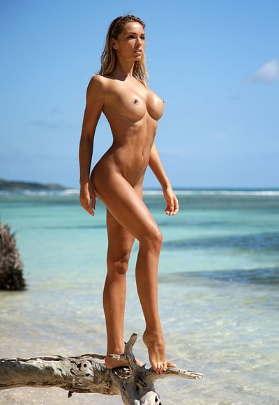 Amber A in Sea View from Femjoy